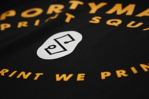 Sportymaps shirt black detail